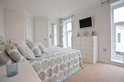 wentwood-master-bedroom