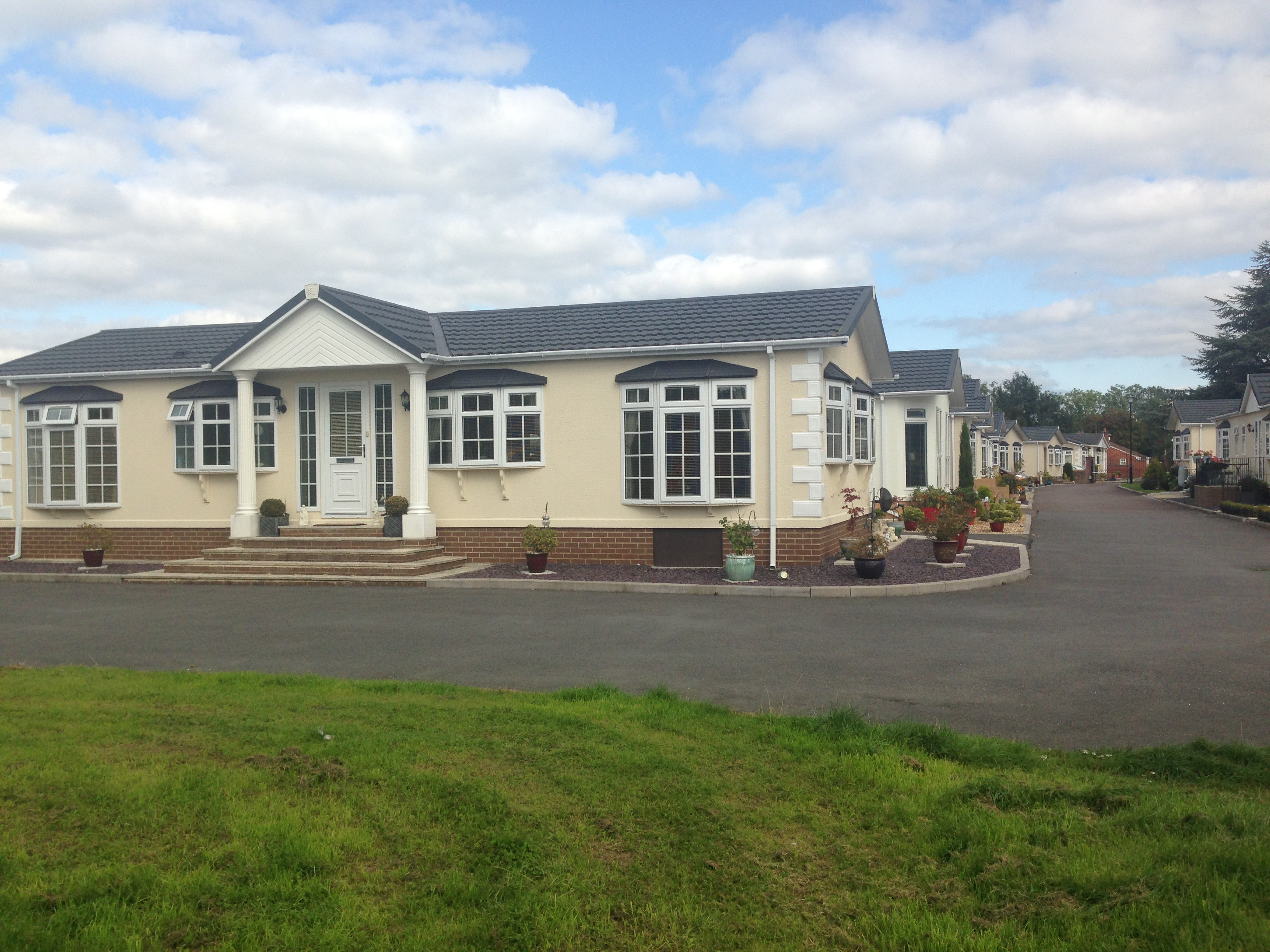 Mobile Homes For Sale In Worcestershire Park