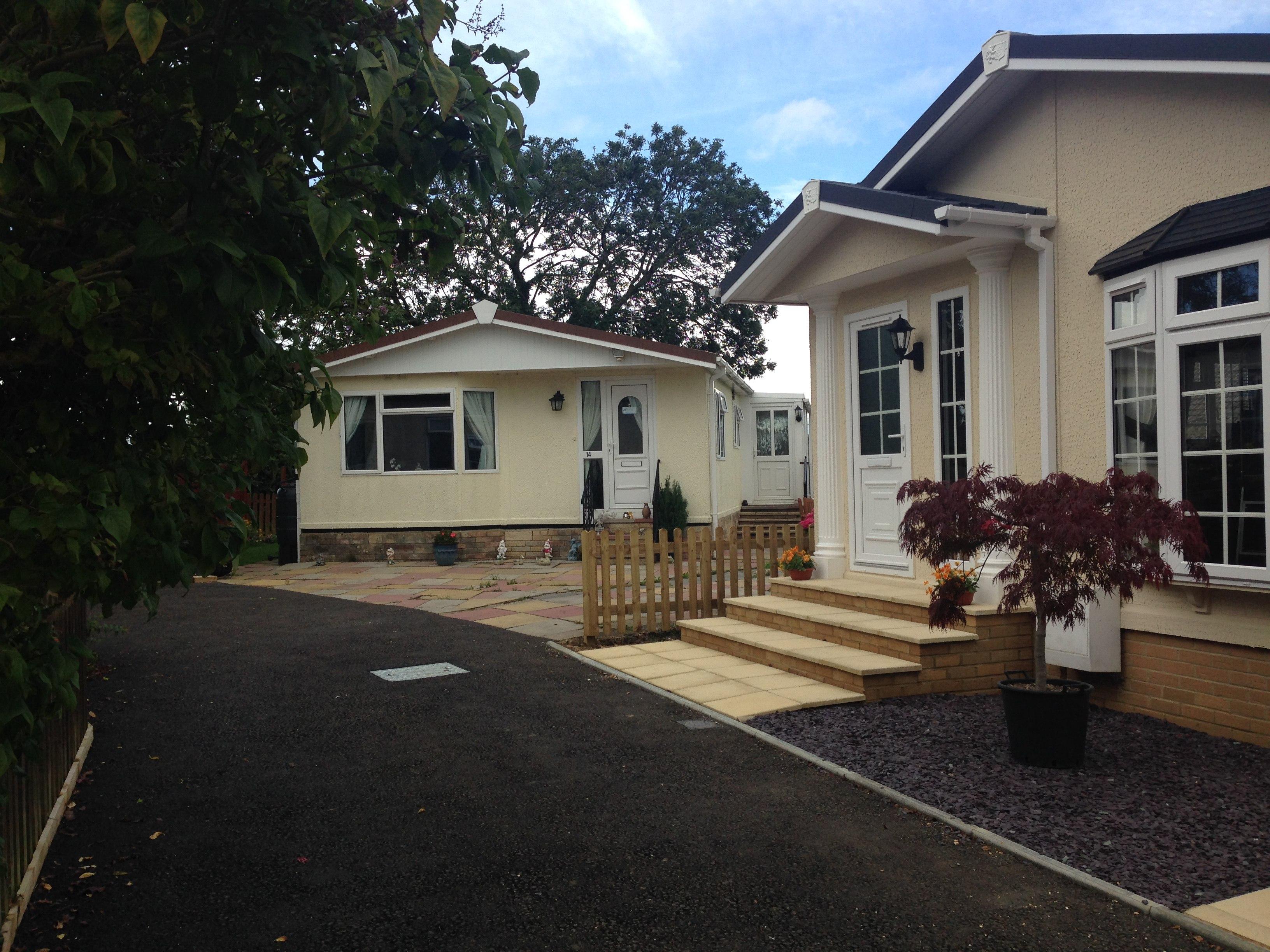 Residential mobile homes for sale in devon residential for Modular homes france